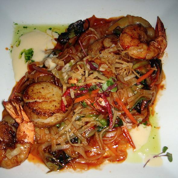 Seafood Pad Thai - Jake's - Palm Springs, Palm Springs, CA