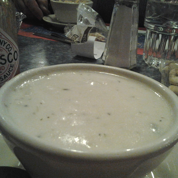 New England Clam Chowder @ Crow's Nest