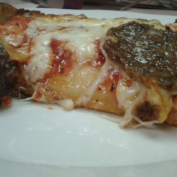Meatball Pizza @ The Big Cheese & Pub