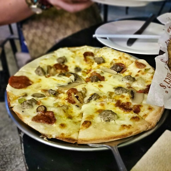 Pizza @ Da Vinci I.T. Park