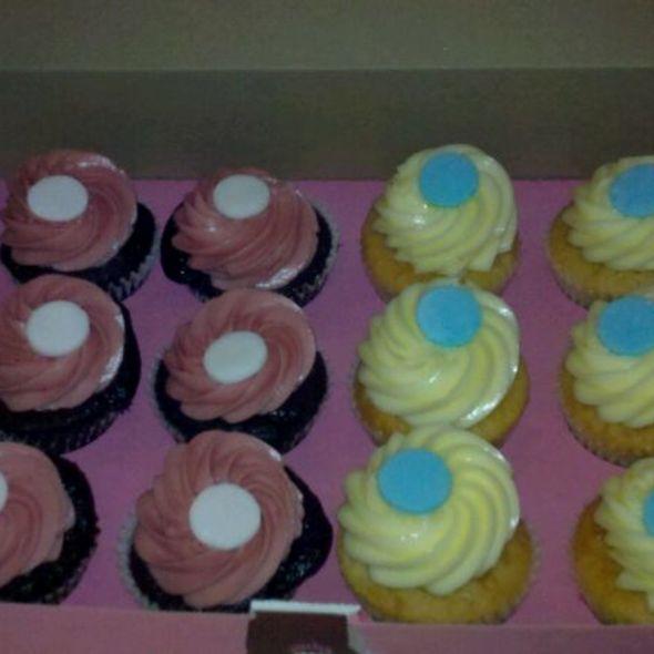 Raspberry & Lemon Cupcakes @ Kara's Cupcakes