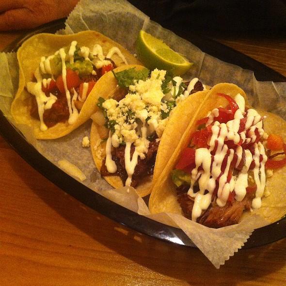 Tacos @ El Taco Luchador