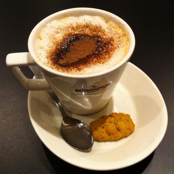 Cuppucino @ swiss bake - marina bay financial link mall