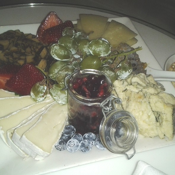 Cheese Plate @ 15 STEPS