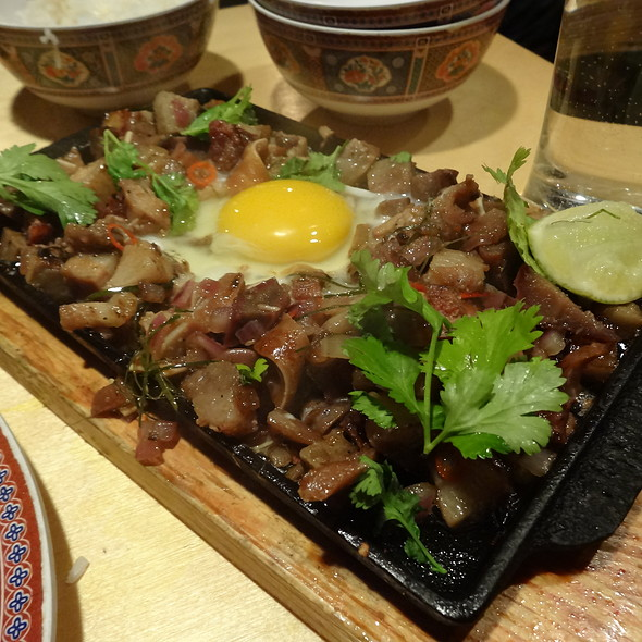 how to cook sizzling pork sisig