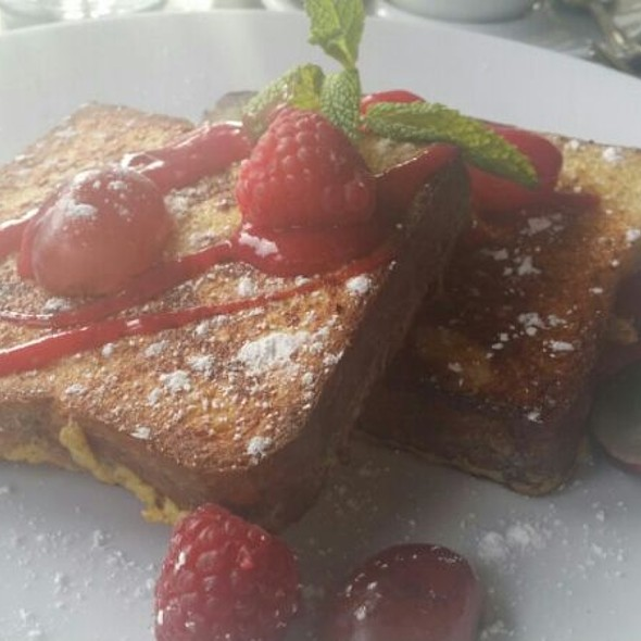 Raspberry French Toast @ Another Broken Egg Cafe