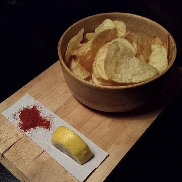 Papas con limón y pimentón @ enBabia | Café & Pauses