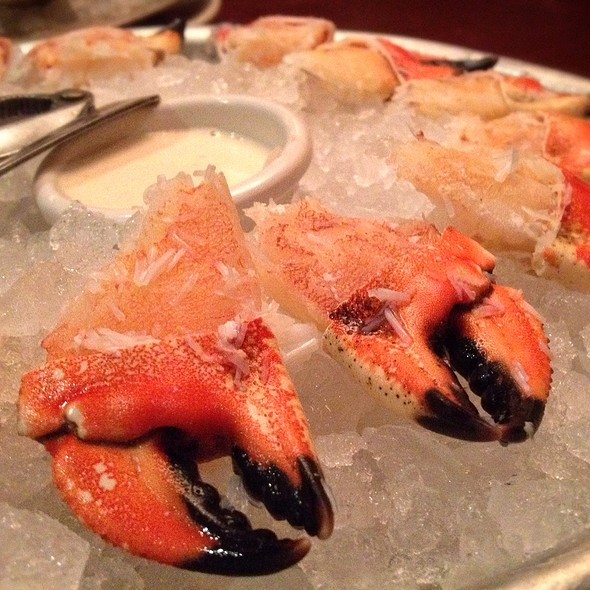 Stone Crab Claws - Clyde's of Gallery Place, Washington, DC