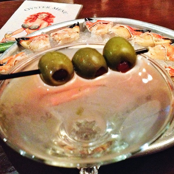 Dirty Grey Goose Martini - Clyde's of Gallery Place, Washington, DC