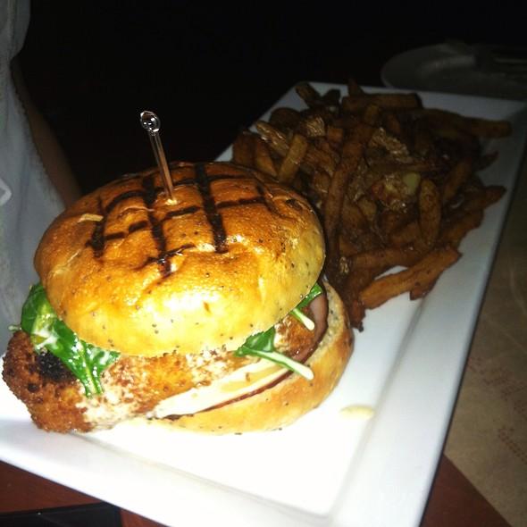 Cordon Bleu Chicken Burger, Fresh Sautéed Spinach, Chips - Mechant Boeuf Bar & Brasserie, Montréal, QC