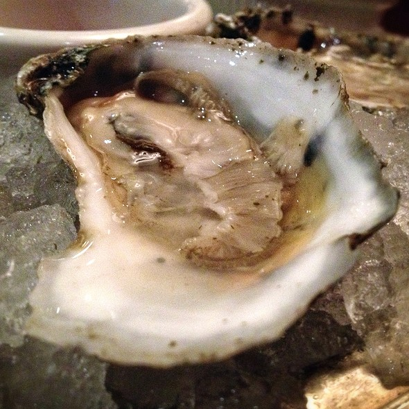 Oysters - Clyde's of Gallery Place, Washington, DC