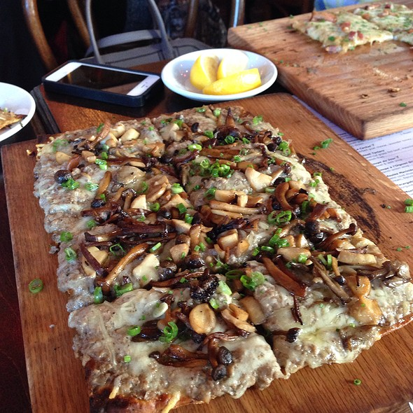 Tarte Aux Champignons @ Church and State