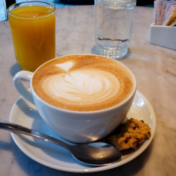 Cafe Latte @ Café Del Ópera