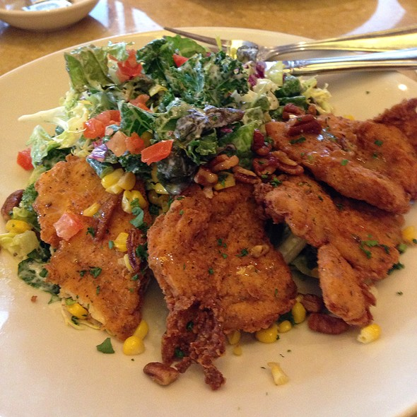 Fried Chicken Salad @ Cheesecake Factory