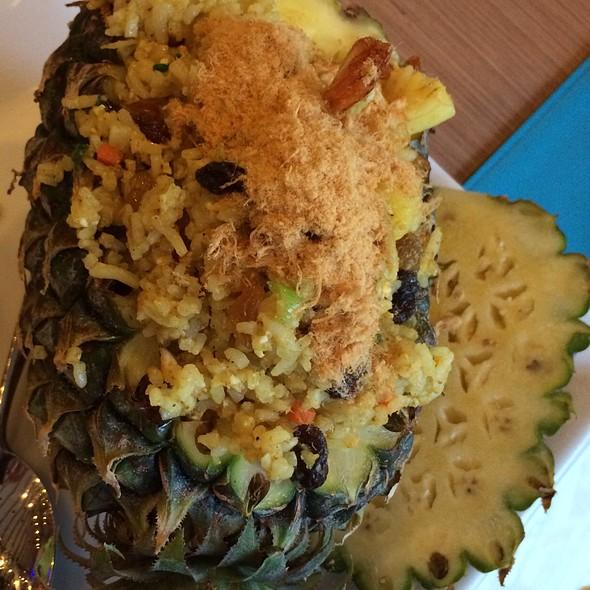Baked Seafood Rice On A Pineapple @ Mercure Krabi Deevana