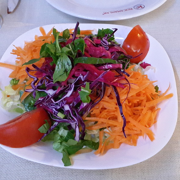 Salata @ Kocamanlar Balık Restoran