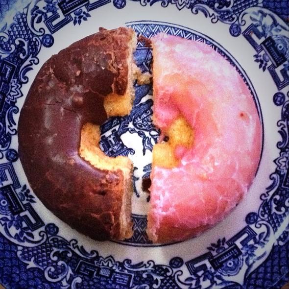 Gluten Free Doughnuts @ Antoinette's Bakery