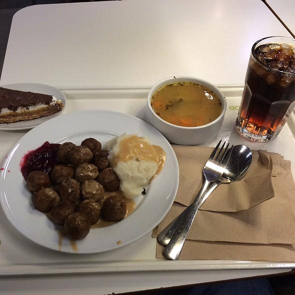 Ikea new haven ct menu new haven ct foodspotting for Ikea new haven ameublement neuf haven ct