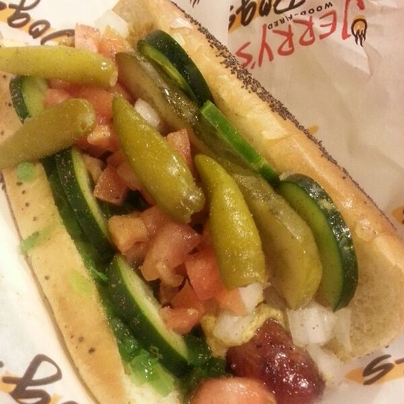 Chicago Dog @ Jerry's Wood Fired Dogs