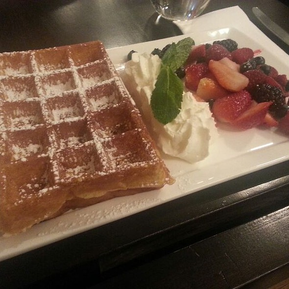 Brussels Waffle @ B Too