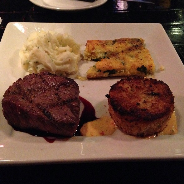 Filet And Crabcake - Harry's Grille & Tavern, Charlotte, NC