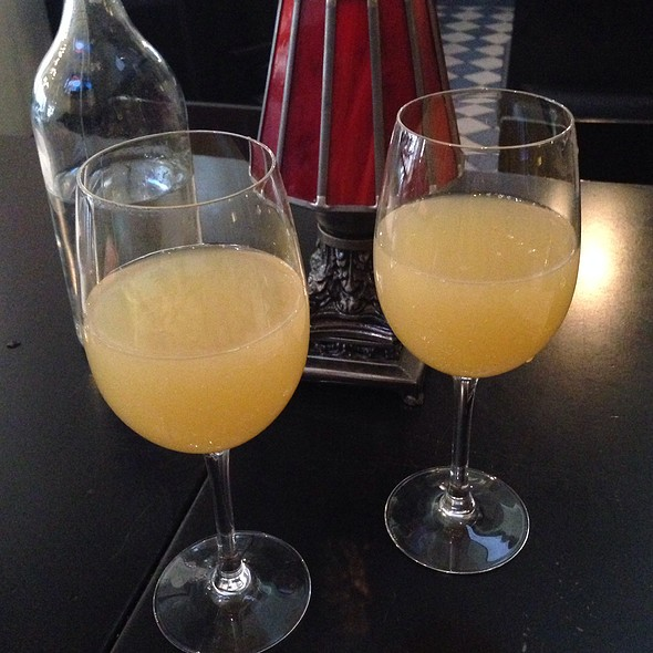Bottomless Mimosas - Currant American Brasserie, San Diego, CA