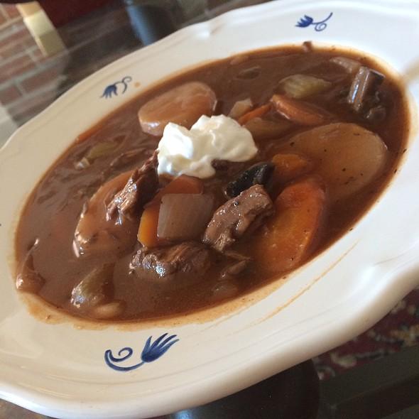 Beef Bourguignon @ Home