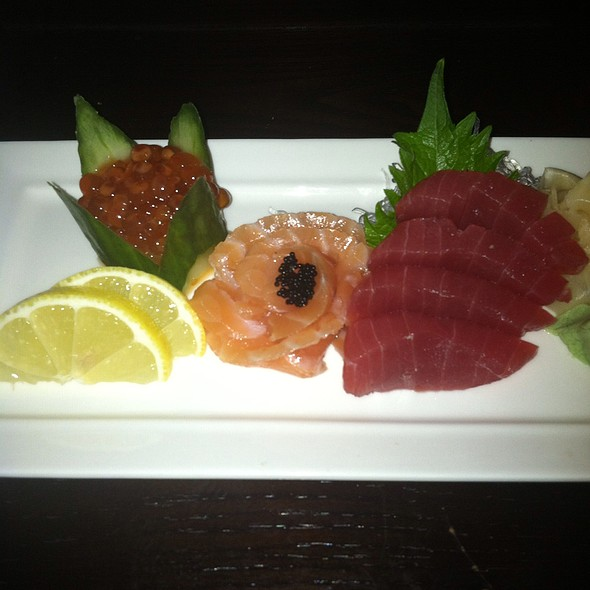 Salmon And Tuna Sashimi And Salmon Roe - GrilleStone - Scotch Plains, Scotch Plains, NJ