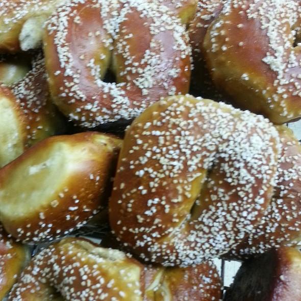 Soft Pretzel Bagel