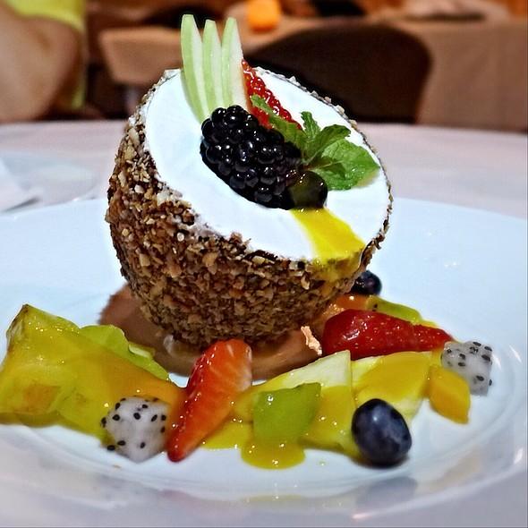 Crown Sweet Gold  Pineapple Shave Ice - Alan Wong's Restaurant, Honolulu, HI