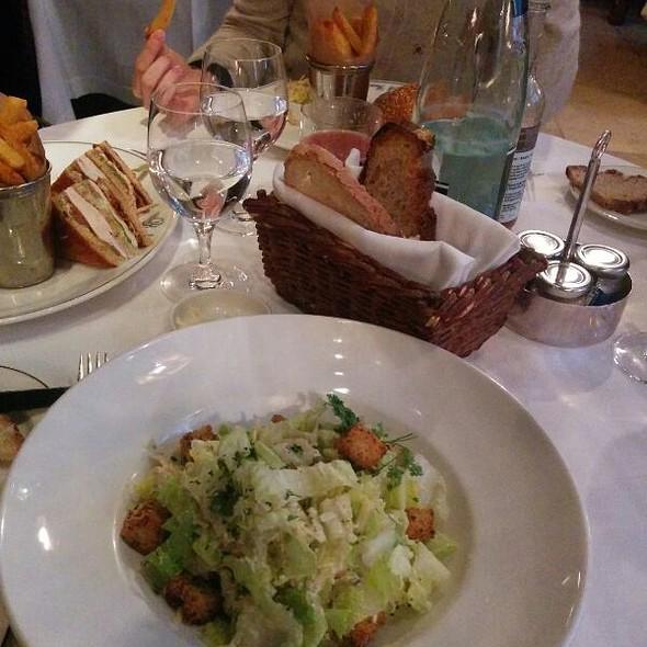 Ceasar Salad @ Ralph's