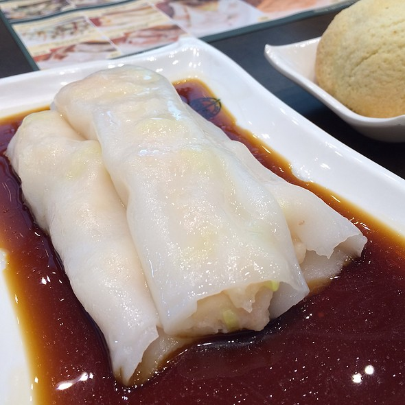 Rice Noodle Roll Stuffed With Shrimp @ Tim Ho Wan 添好運 (Plaza Singapura, Singapore)
