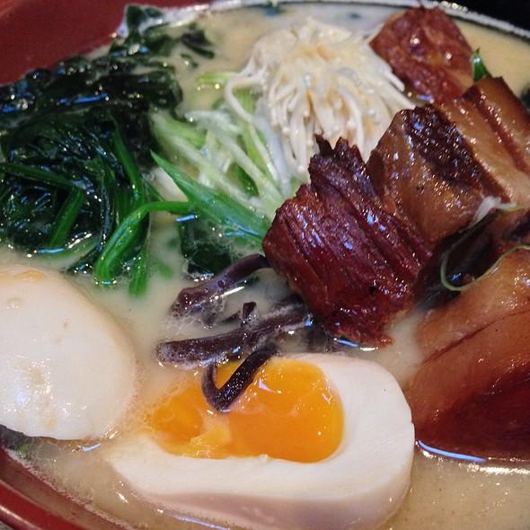 Tonkotsu Ramen w/ Pork Belly @ Saiwaii Ramen