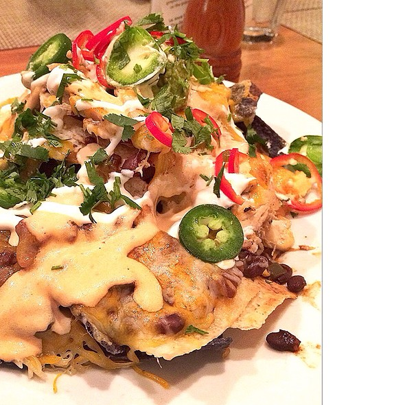Stoneground Nachos - Good Earth Roseville, Roseville, MN
