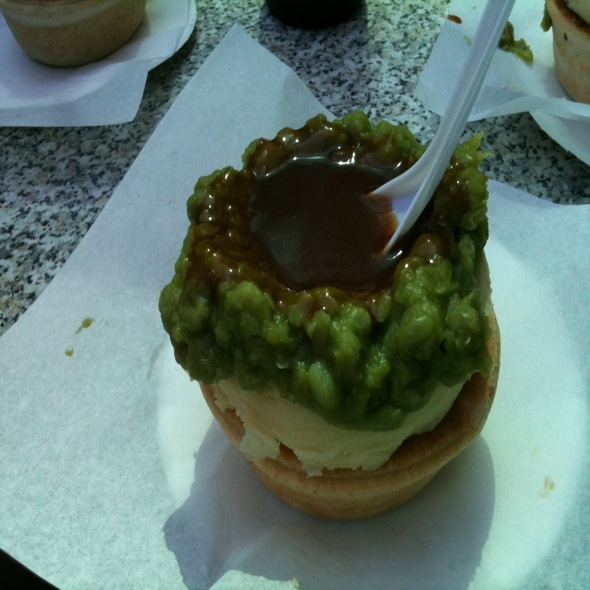 Beef Pie With Mashed Peas & Potato @ Harry's Cafe de Wheels
