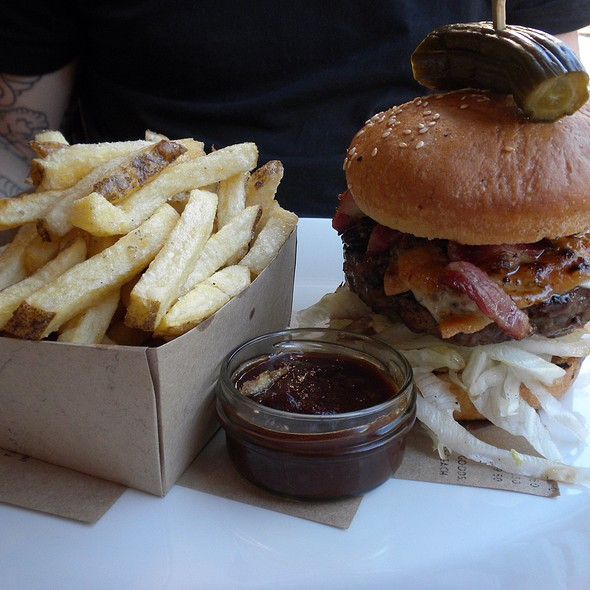 Beef Burger,Bacon,Cheese & Fries