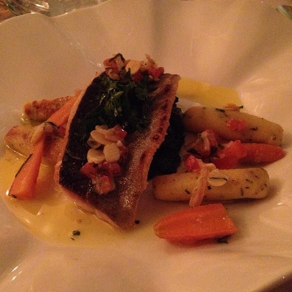Sautéed Trout, Spinach, Almonds, Lemon Butter - Fantino - The Ritz-Carlton Cancun, Cancún, ROO