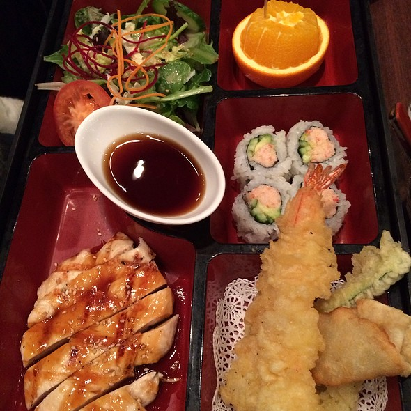 Chicken Teriaki Bento Box @ Las Colinas Blue Fish