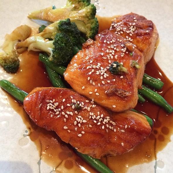 Salmon Teriyaki @ Taketori