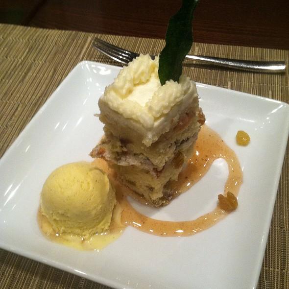 Nomandy-Style Roasted Apple Cake
