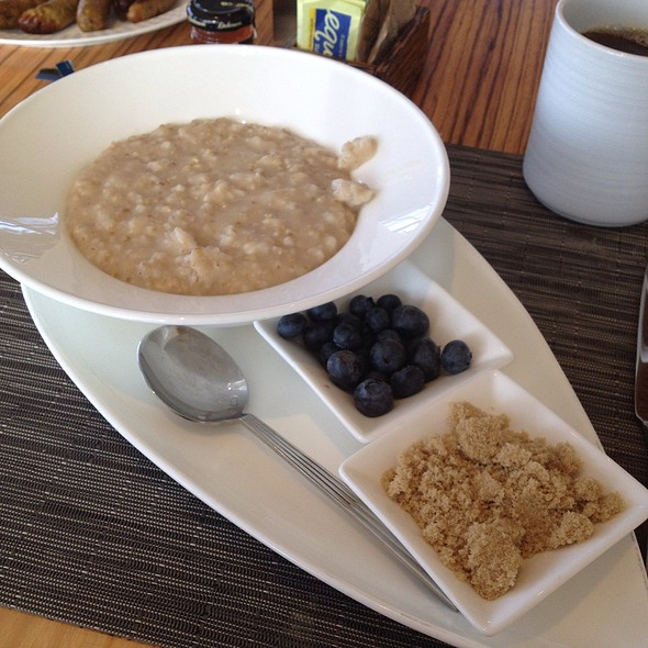 Oatmeal With Blueberries & Brown Sugar - Vela, San Diego, CA