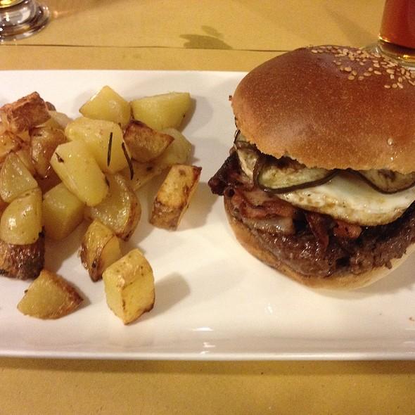 Yellow Head Burger @ Fatto Bene