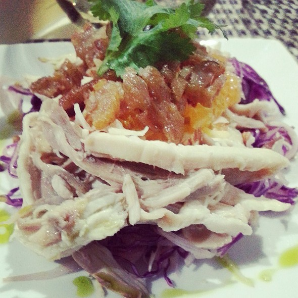 Cabbage And Kohlrabi Salad With Chicken, Mandarin Orange, Duck Rinds @ I Forgot It's Wednesday