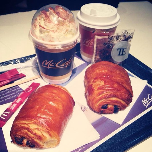 Pain au Chocolat @ Mc Donald's Paris