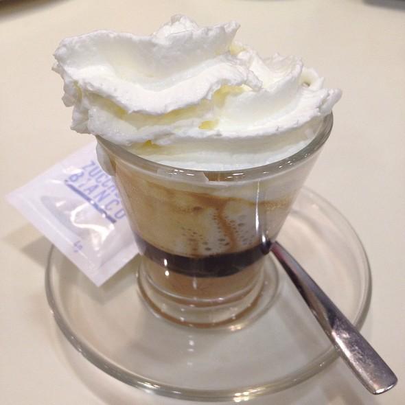 Pannespresso Alla Nocciola @ McDonald's