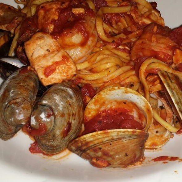 Seafood Pasta - Cafe Navarre, South Bend, IN