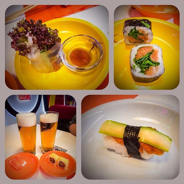 Sushi @ Sumo Running Sushi