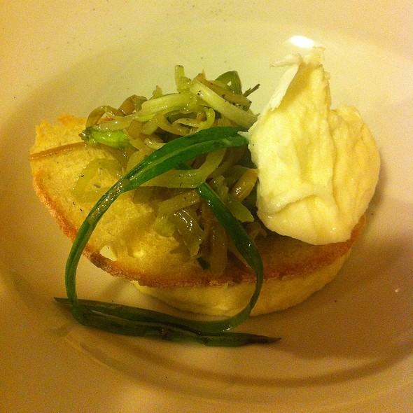 Mantecato Di Merluzzo E Patate, Mozzarella Di Bufala E Puntarelle @ L'osteria Di Monteverde