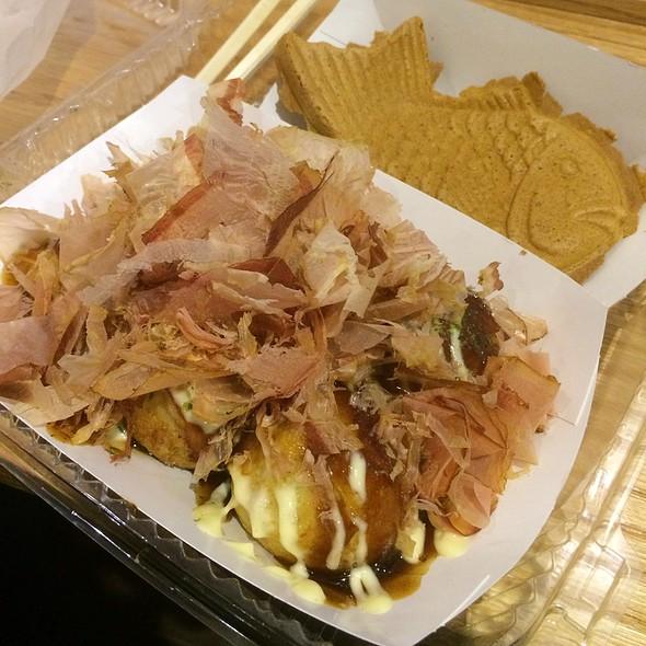Takoyaki And Taiyaki