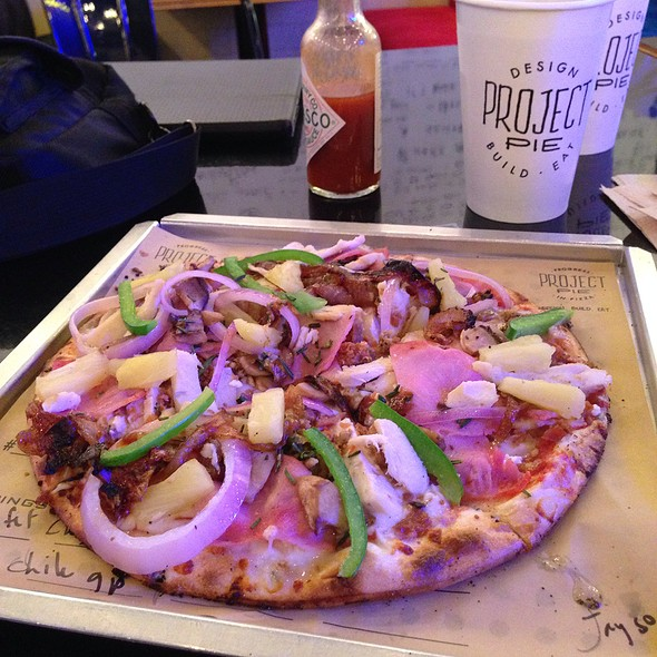 Build Your Own Pizza @ Project Pie